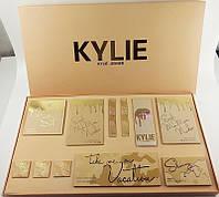 Подарочный набор косметики Kylie Jenner Новинка!