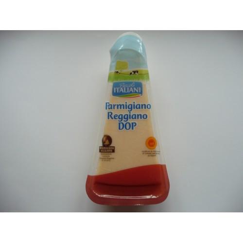 Сыр Пармезан Parmigiano Reggiano DOP торговой марки Pascoli Italiani 300 гр. Выдержка 22 месяца, Италия