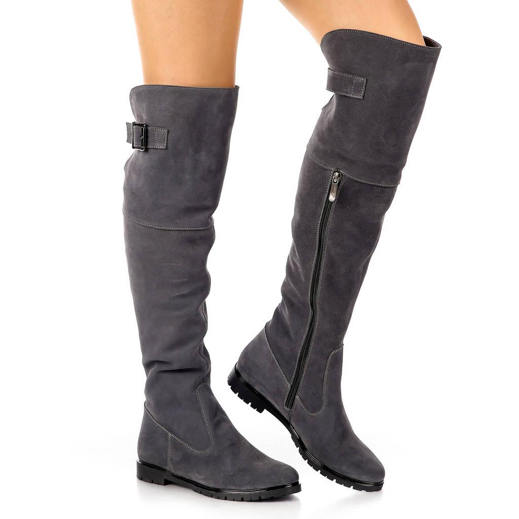 Сапоги женские демисезонные высокие замшевые на низком каблуке с резинкой серые