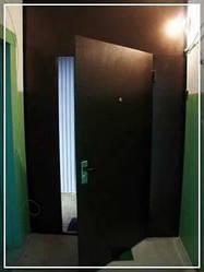 Дверь в тамбур без утепления с замком