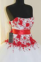 Белое платье с вышивкой ручная работа