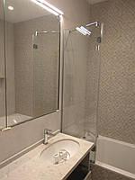 Шторка стеклянная на ванну
