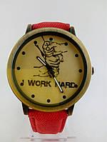 Часы наручные, Цвет бронза, Красный ремешок, Бронзовый циферблат, Метки, Work Hard