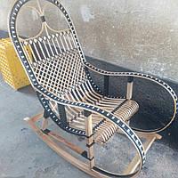 """Кресло-качалка """"Ротанг"""" черная с белым"""
