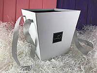 """Белая коробка для цветов """"Flowers"""""""