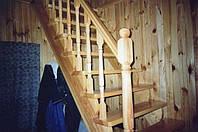 Лестница деревянная масив.