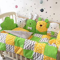 """Бортики без постельки на 3 стороны """"Желто-зеленые зверушки"""""""
