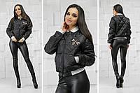 Женский бомбер-куртка с пчелой черная, фото 1