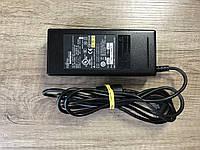 Блок питания к ноутбукам Fujitsu, Lenovo 20V/4,5A/90W (5.5х2.5)