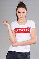 Женская футболка (реплика) Levi's белого цвета