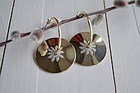 Серьги висюльки золотистые с цветочками