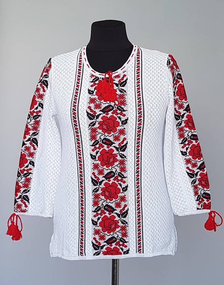 Вязаная женская блузка вышиванка с красным орнаментом (46-66 р)