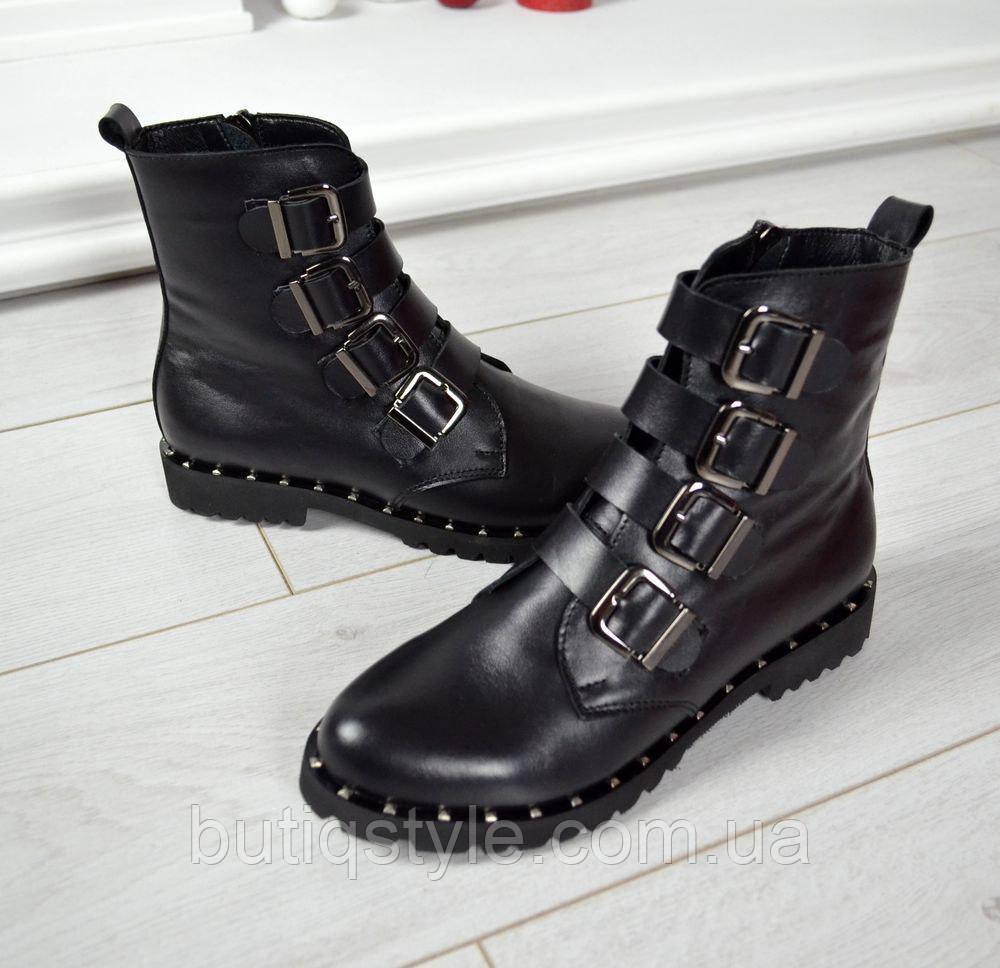 36, 40, 41 размер! Красивые женские черные ботинки кожа OstiN