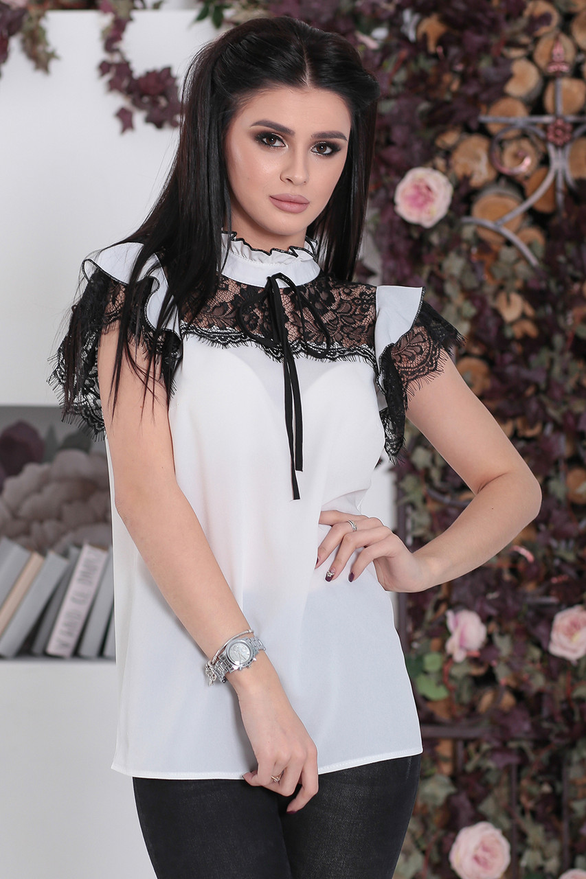 Блузка Бланш с черным кружевом