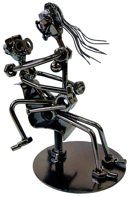 """Техно-арт статуэтка из металла """"Любовь в офисе"""""""