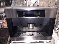 Встраиваемая кофемашина кофеварка Miele CVA 4080