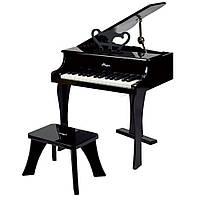 Черное фортепиано со стульчиком