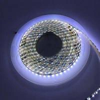 1шт 5M Водонепроницаемая светодиодная полоса 120 светодиодов / м 600 светодиодов 3528SMD DC 12В черная печатная платая белый свет