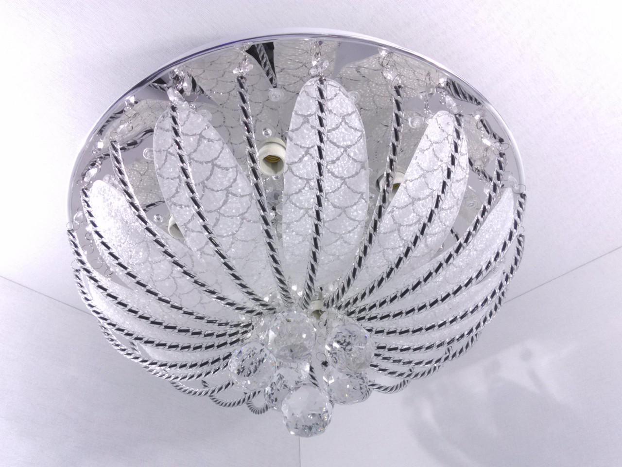 Люстра потолочная с цветной LED подсветкой и автоматическим отключением YR-6238/450
