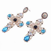 Трансграничные поставки европейских и американских ювелирных украшений с бриллиантами Синий