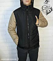 Черная мужская куртка с бежевыми рукавами