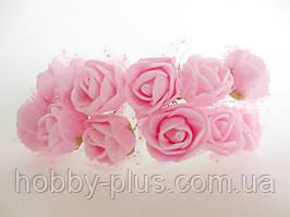 Декоративні троянди з латексу 12 шт., d 2 см на ніжці, світло-рожевого кольору з фатином