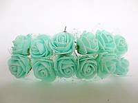 Декоративные розы из латекса 12 шт., d 2 см на ножке, мятного цвета с фатином