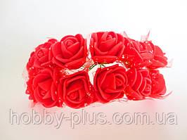 Декоративні троянди з латексу 12 шт., d 2 см на ніжці, червоного кольору з фатином