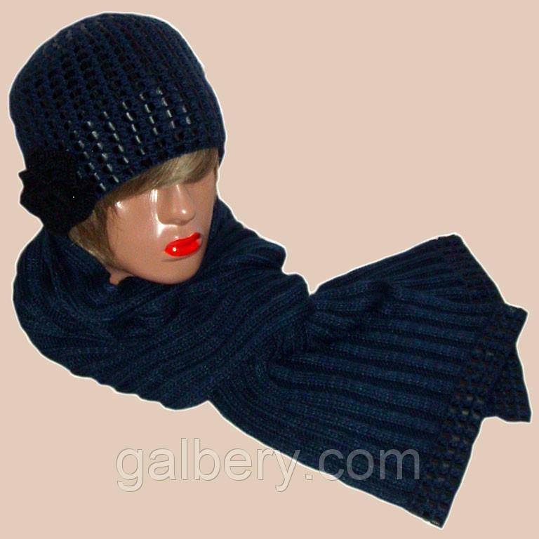 Вязаная женская шапка и шарф синего цвета c элементами кожи