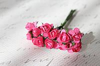 Декоративные бумажные цветочки, розы для скрапбукинга 1,5 см 12 шт/уп. на ножке ярко-розового, малинового цвет, фото 1