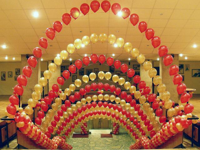 Украшение воздушными шарами в Киеве