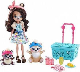 Игровой набор Энчантималс Пикник на природе  Enchantimals Paws for a Picnic Doll and Playset