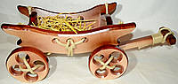 Декоративная деревянная телега