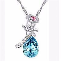 Мода Тенденция Женщина Ожерелье Форма Lmitation Кристалл Кулон Ожерелье Цветочные украшения Синий