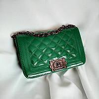 Клатч женский под Chanel зеленый лакированный