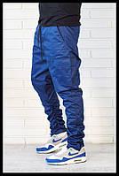 Синие брюки джоггеры с карманами карго