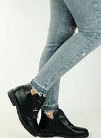 Ботинки женские демисезонные низкие с цепочками