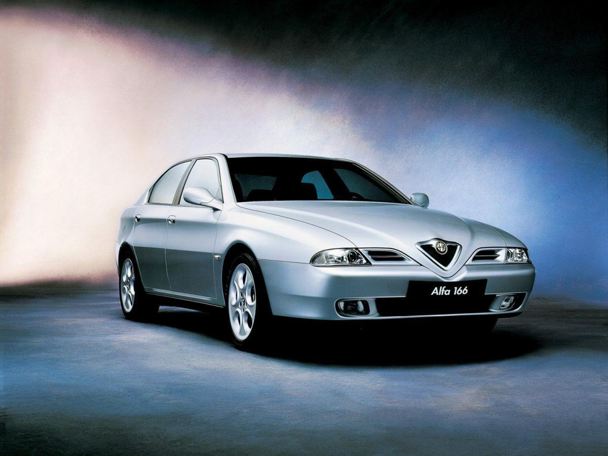 Лобовое стекло Alfa Romeo 166 (седан) (1998-2007)