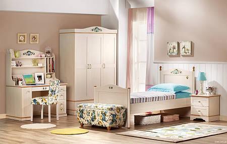 Шкаф трехдверный Флора Cilek