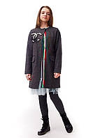 Подростковое пальто для девочки с оригинальным декором в стиле Шанель, графитового цвета