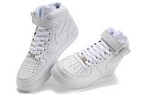 Кроссовки Nike Air Force женские – профессиональная спортивная обувь, покорившая сердца прекрасной половины человечества