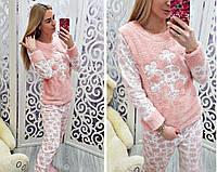 Женская теплая пижама со снежинкой