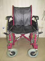 Инвалидная коляска состояние новой B&B нету подножек ширина сидения 41,5 см. б у