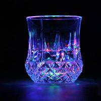 LED RGB Красочный мигающий индукционный свет Пивной чашка Пластиковые чашки для воды Ночник для ночного клуба Бар Партийные вечеринки Разноцветный