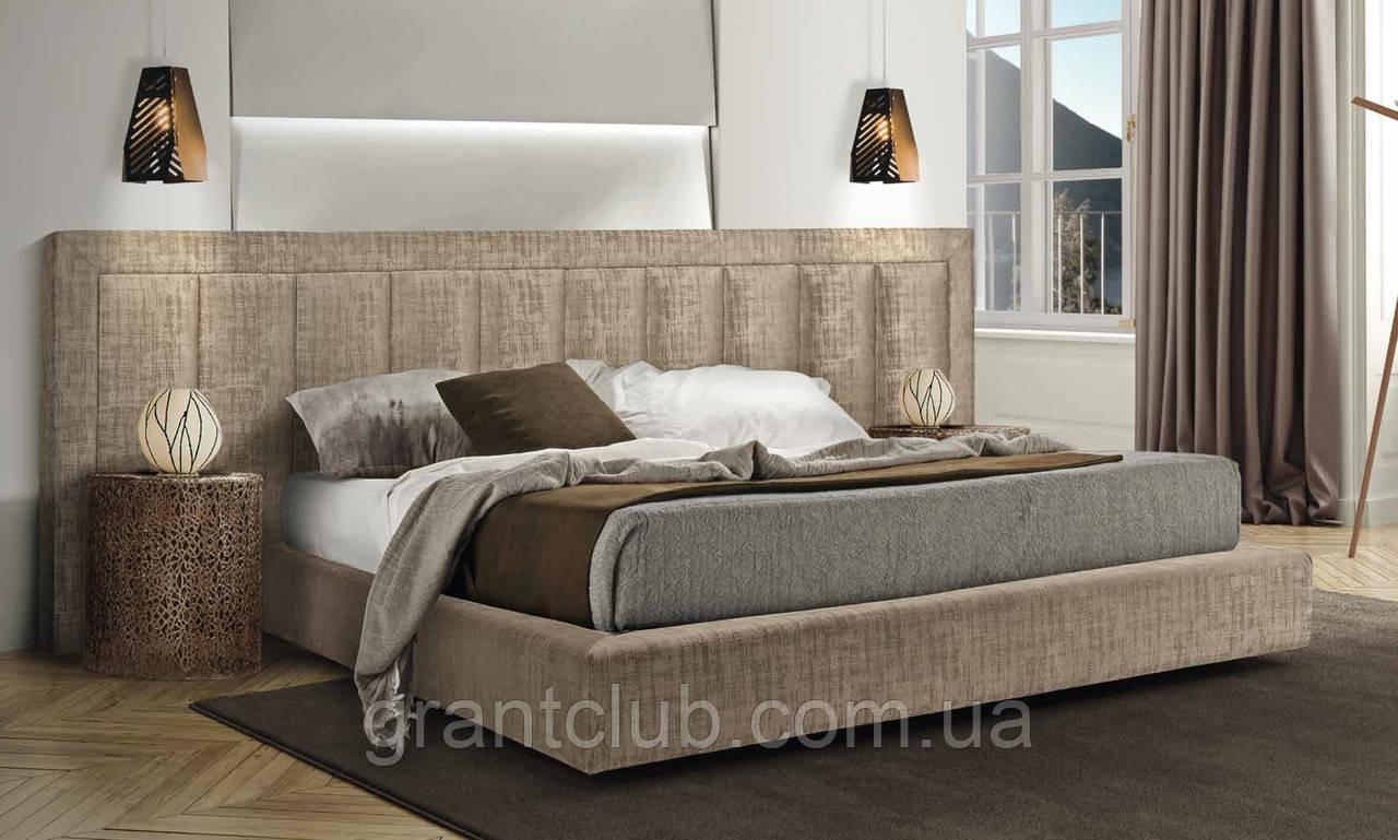 Современная двуспальная кровать TONIGHT с широким и мягким изголовьем, фабрика Eko Divani (Италия)