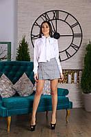 Классическая женская рубашка с галстуком-бантом и шорты-обманка