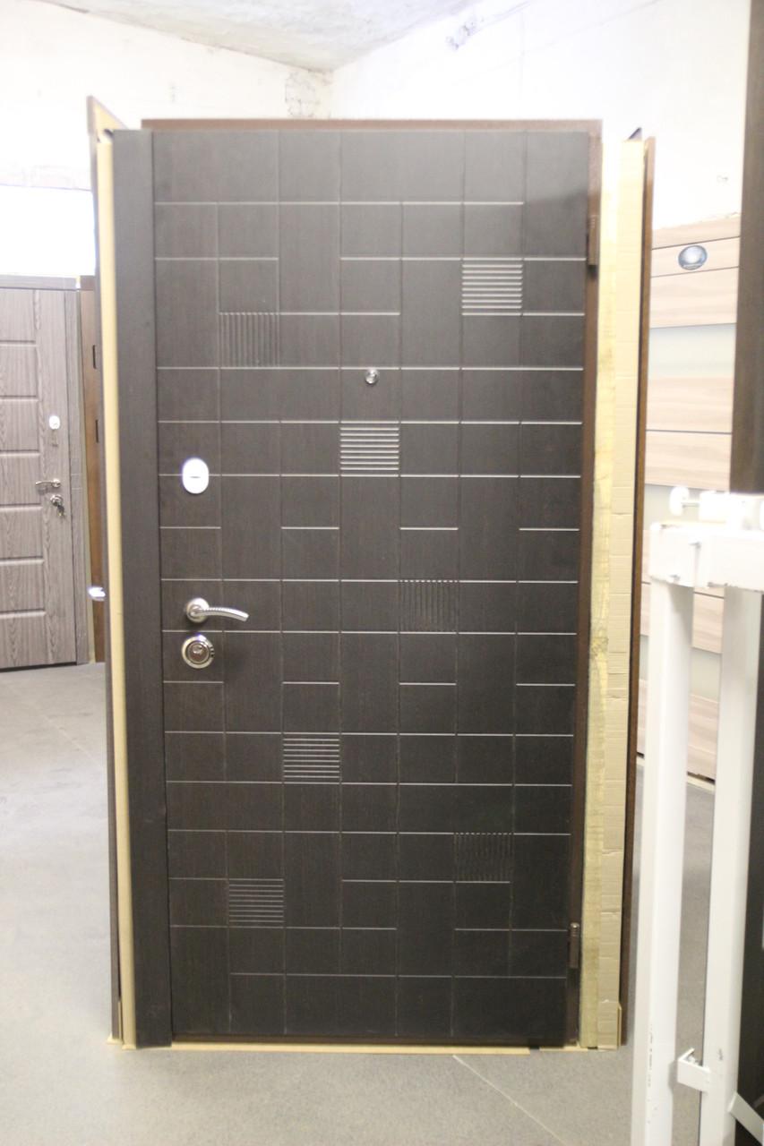 """Двери входные """"Стильные двери"""" серия Оптима Плюс Kale Х213"""