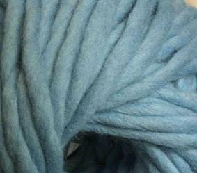 Толстая пряжа ручного прядения. 100% шерсть. Цвет Голубой