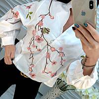 Женская блузка с вышивкой и рукавами фонарик (черная и белая)
