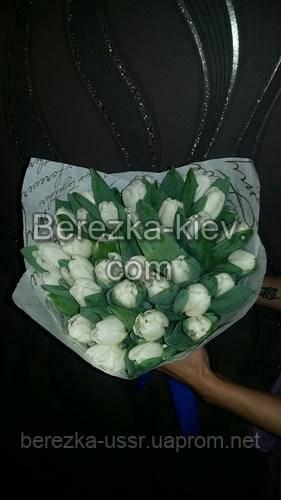Букет белых тюльпанов 35шт.